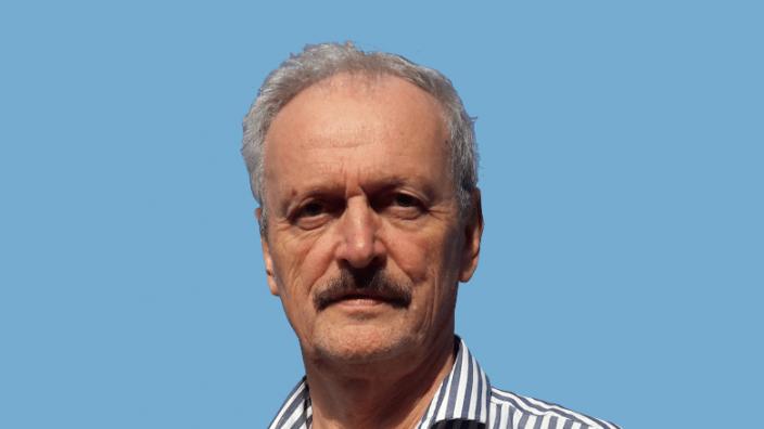 Dr. Andreas Engelhardt